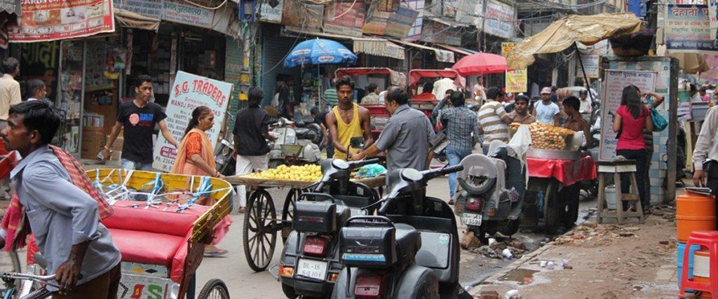 strade di Nuova Delhi