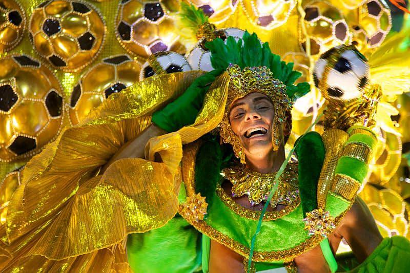 Carnevale di Rio de Janeiro: a tutta festa Tutto quello che c'è da sapere sul carnevale di Rio